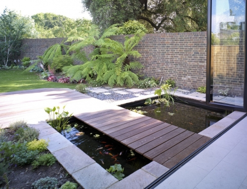Making a splash in the garden – How to introduce a water feature into your garden